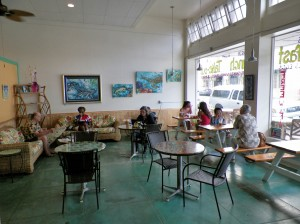 surf break cafe interior