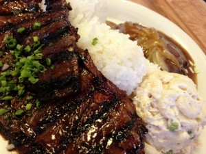 Hawaiian Style Cafe's 'Mix Plate' of Korean Short Ribs and Hamburger Steak.