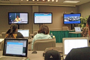UH Students participate in a distance-learning session. Image courtesy.