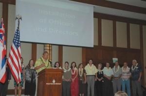 Mayor Billy Kenoi recognizing award winners at the 2012 Kona-Kohala Chamber of Commerce annual installation luncheon. Photo Credit Fern Gavelek.