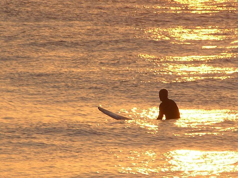 ANALYSIS: Low Unemployment in Hawaii, But We're Still Broke