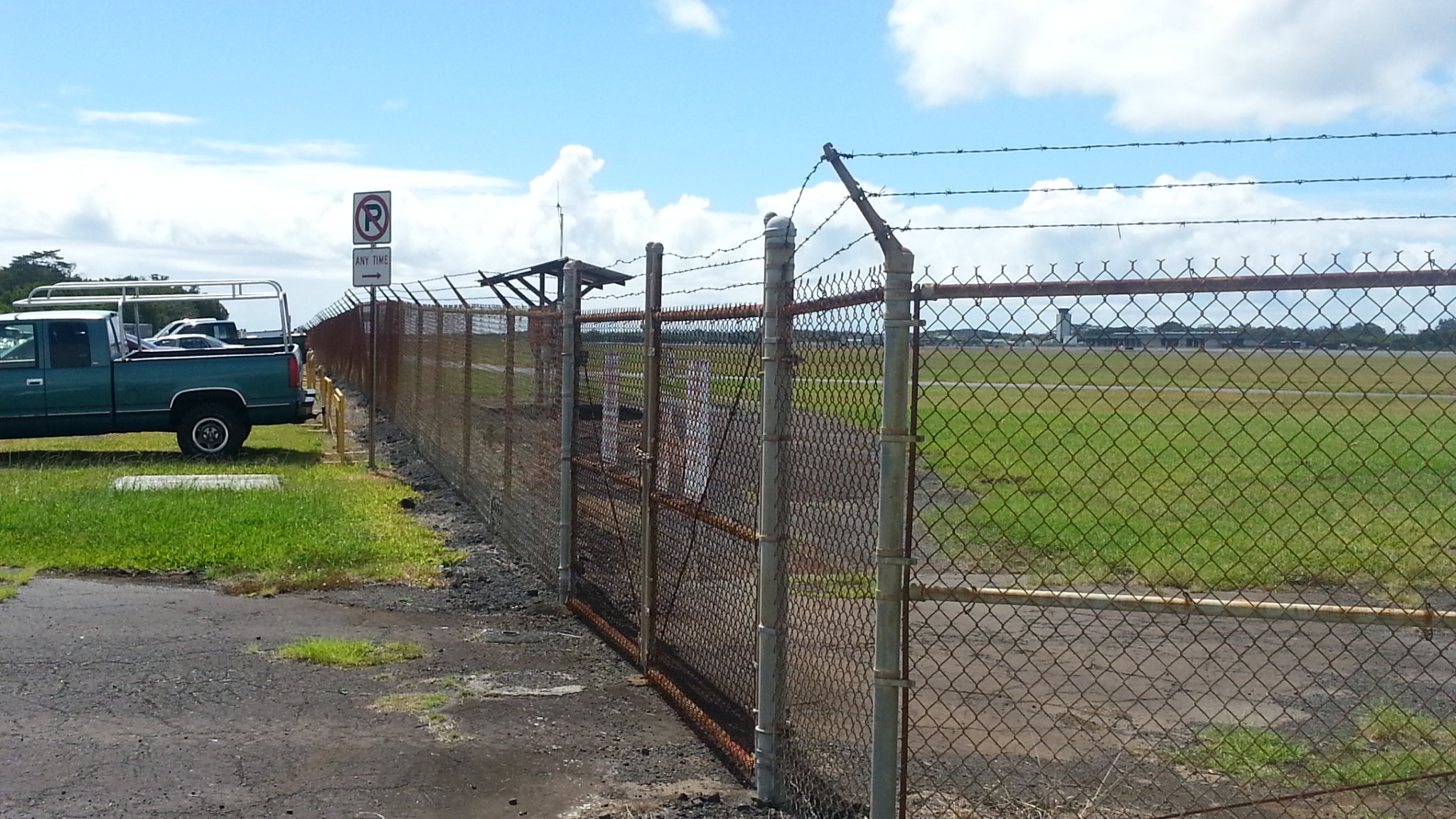 New Perimeter Fencing Planned For Hilo S Airport Big