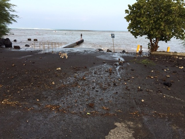 At 4 a.m. locals report hearing the debris rolling into the road / Image: James Grenz