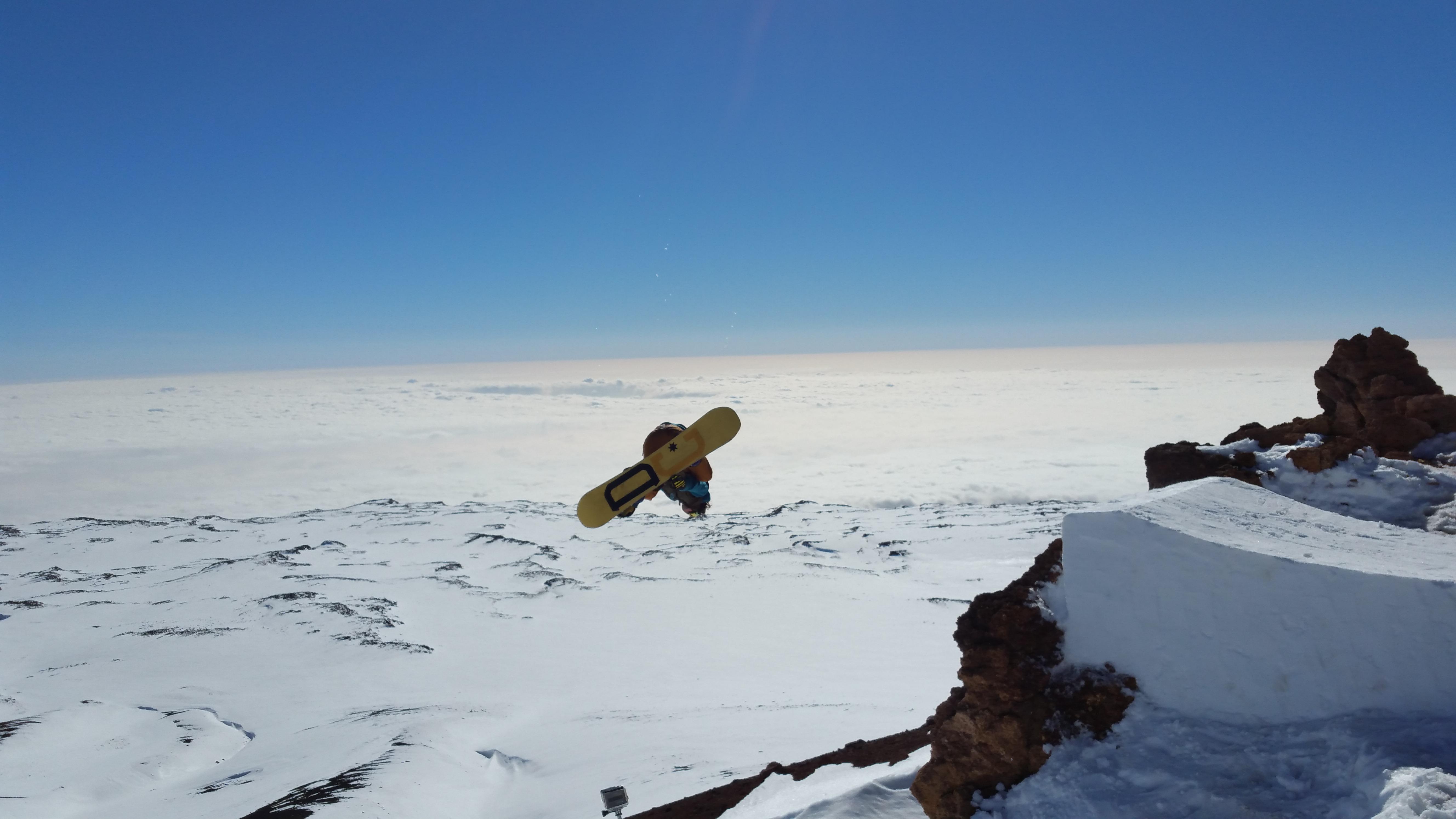 PHOTOS: Mauna Kea & Mauna Loa Snow