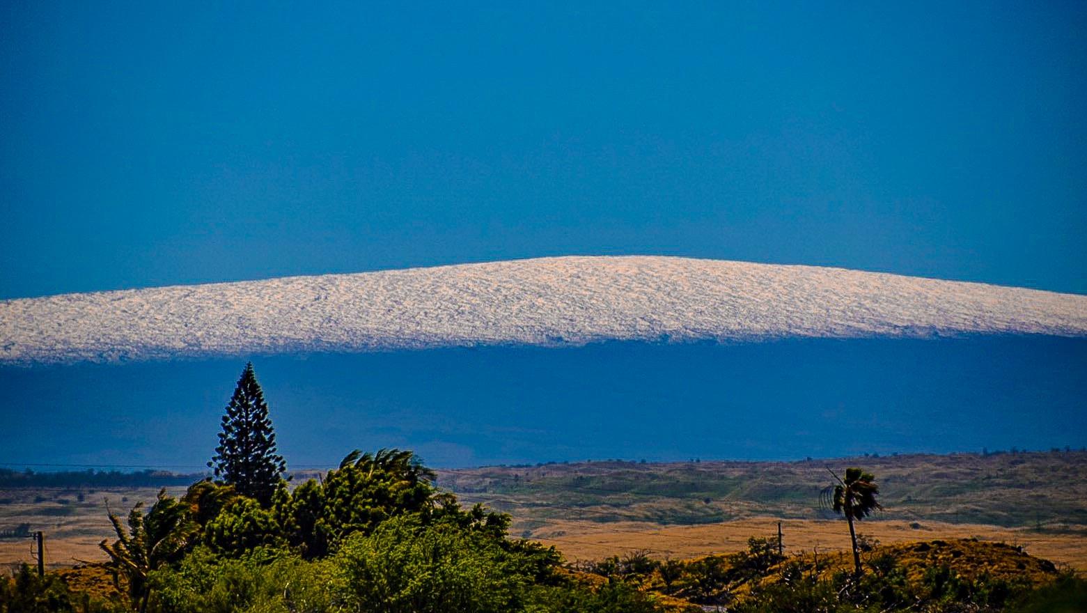 Mauna Loa snow on 3.15.15 - taken from Waikoloa / Image: James Grenz