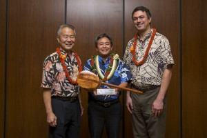 Pictured left to right: Ron Taketa, Leslie Isemoto, John White. Hawaii Regional Council of Carpenters photo.