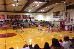 Junior varsity teams from Hawai'i Preparatory Academy and Waiakea met Wednesday night at Castle Gymnasium. Photo by Josh Pacheco.