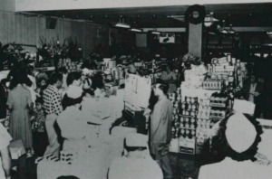 KTA Keawe Store, Grand Opening 1939. KTA Super Stores courtesy photo.