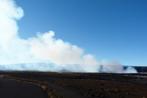 Kīlauea Volcano's summit lava lake within Halema'uma'u Crater discharges a particle-rich plume of noxious sulfur dioxide on December 9, 2015. USGS photo.