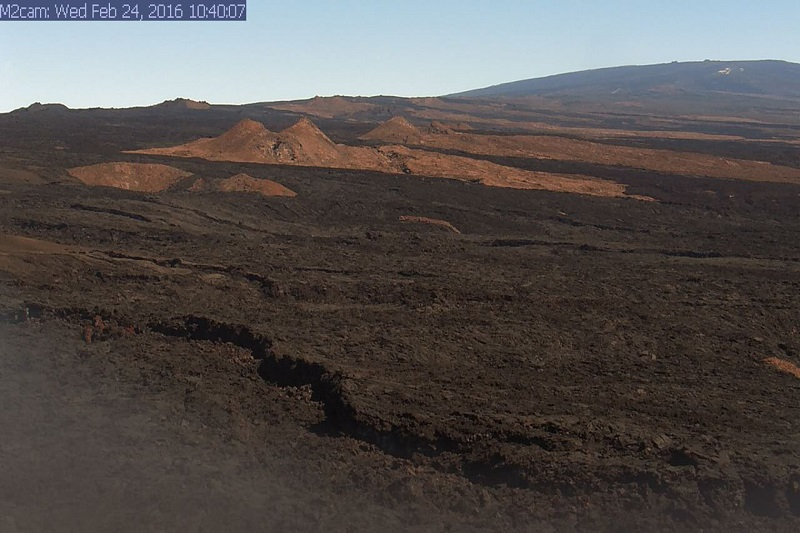 VOLCANO WATCH Mauna Loa Earths Largest Active Volcano Is Still