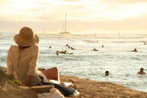 hawaii aunty PIXABAY