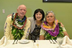 Robert Arthurs, Joni Onishi and Barbara Arthurs. University of Hawai'i Foundation courtesy photo.