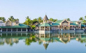 Waikoloa Beach Resort photo of the Kings' Shops.