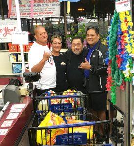 (From left)KTA Super Stores Kailua-Kona $1,000 Shopping Spree winner William Hussey;Arelene Reilly, KTA Super Stores Kailua-Kona Store director;Lon Taniguchi, KTA Super Stores vice president; and Toby Taniguchi, KTA Super Stores president and COO.Image courtesy KTA Super Stores