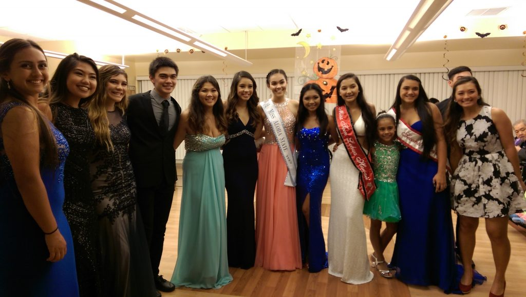 group-pic-prom