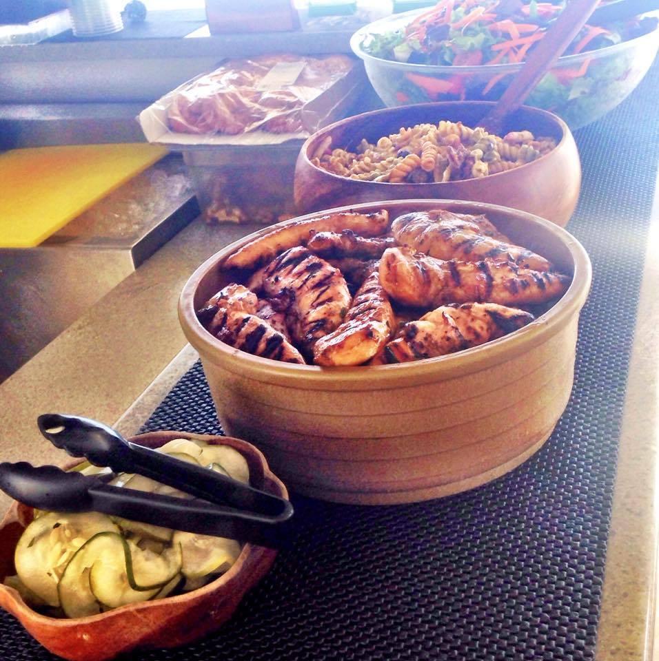 Hula Kai lunch buffet. Karen Rose photo.