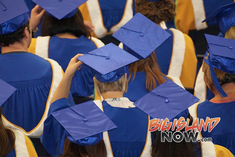 Hcfcu Awards 20 000 In Scholarships Big Island Now