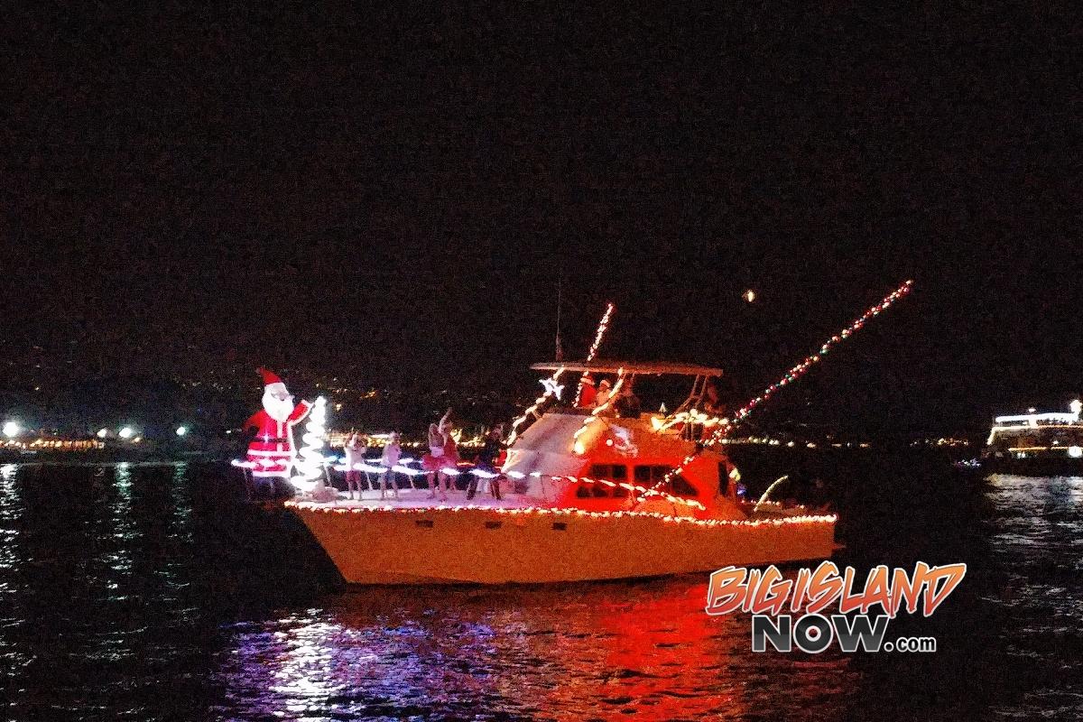Kailua Kalikimaka Boat Parade Lights Up Kailua Bay Big