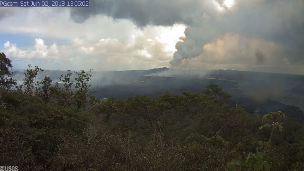 webcam june 2b 1024x576 - Kilauea Volcano: New Phase; Lava Flow Hits Green Lake